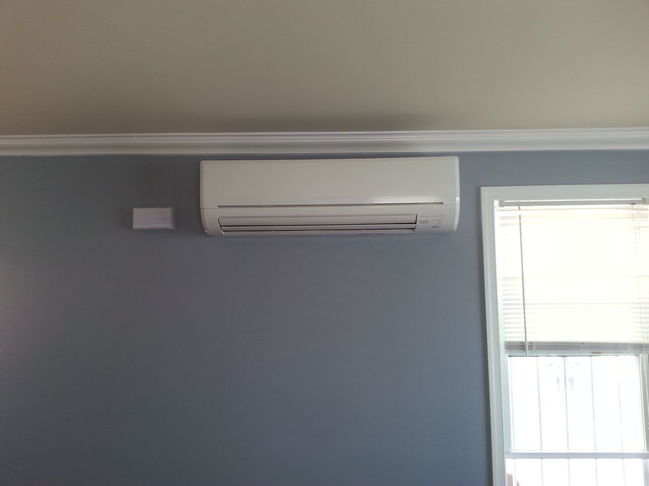 Mini split indoor unit installed on the wall in Queens, NY